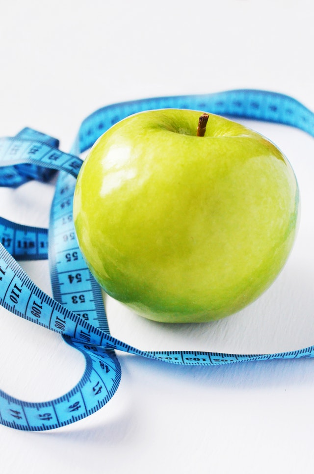 Apple cider vinegar Helps you lose weight and reduce stomach fat