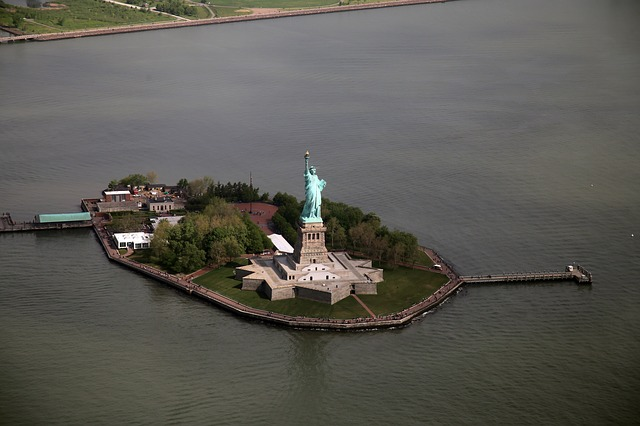 The-Statue-of-Liberty-New-York-America