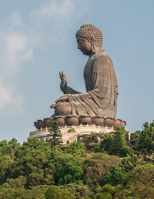 Tian-Tan-Buddha-Statue-Hong-Kong-China